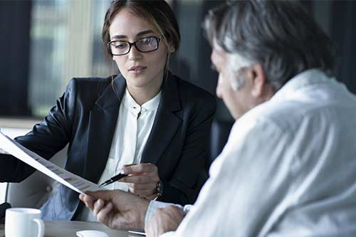 What to Expect From a First Meeting With an Accident Attorney